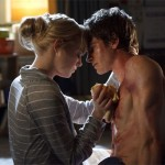 Gwen Stacy tends to Peter's wounds
